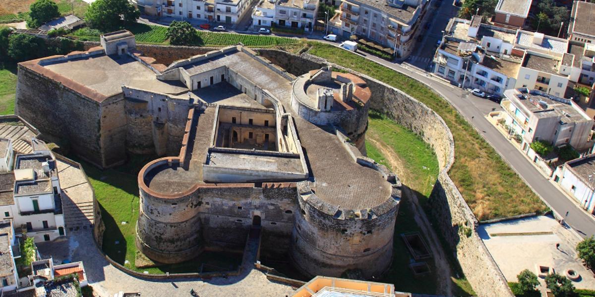 Castello di Otranto, incantevole e maestoso